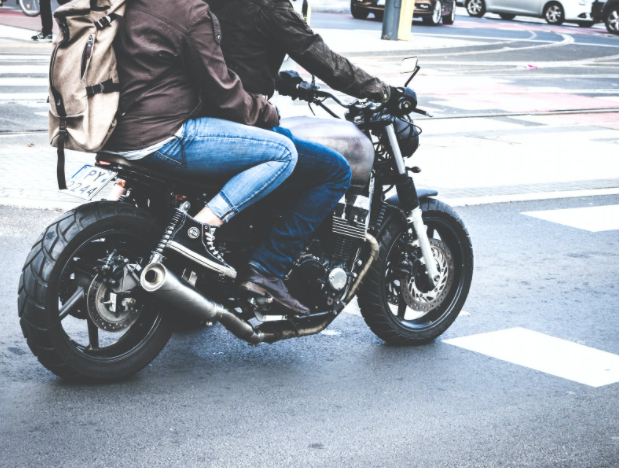 save times to ride motorcycle to avoid accidents